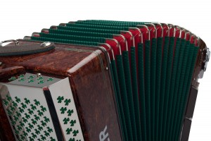 Weltmeister Monte 37 accordion